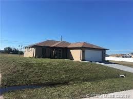 2002 NE 18 PL, Canal Point, FL 33909