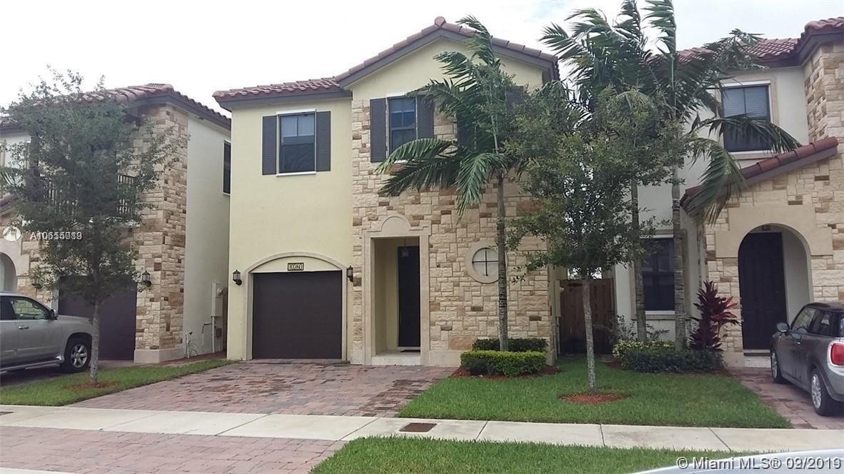 10260 NW 70 TERR #10260 For Sale A10615013, FL