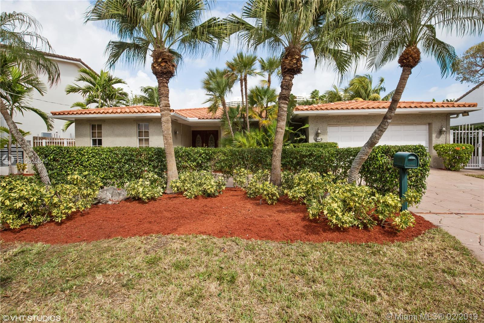 3447 NE 168th St  For Sale A10625870, FL