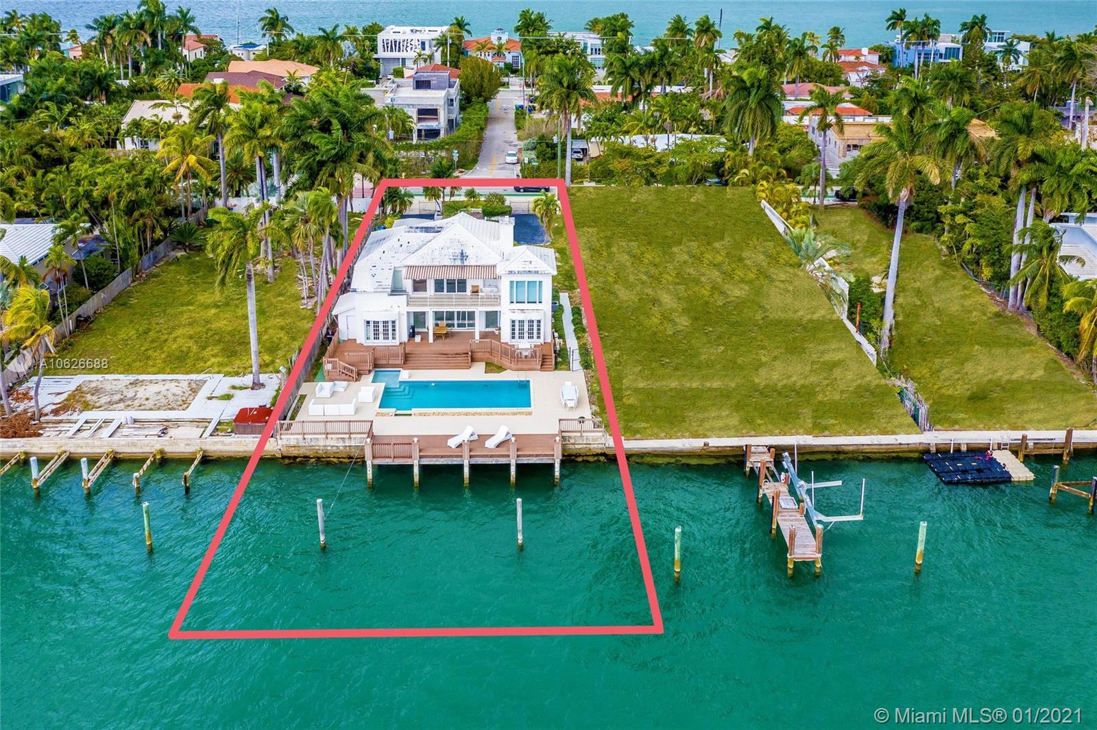 RESIDE WITH THE ULTIMATE VIEWS OF THE DOWNTOWN MIAMI SKYLINE, SAILBOAT BAY & CRUISE SHIPS! Buy this stand-alone 12,250 Sq Ft LOT with 70 Ft of Waterfrontage or COMBINE with adjacent TWIN LOT for an opportunity to BUILD a Mega Estate Overlooking the OPEN WATER of the Biscayne Bay & City Skyline with a total of 140 Ft of Waterfrontage & 24,500 Sq Ft of Land. The Southwest Exposure allows for lots of Natural Light all year round and the Perfect Sunsets! Located in the hip Venetian Islands just seconds to South Beach, Sunset Harbour & Lincoln Road and minutes to Downtown's Performing Arts District, Wynwood & the Design District.