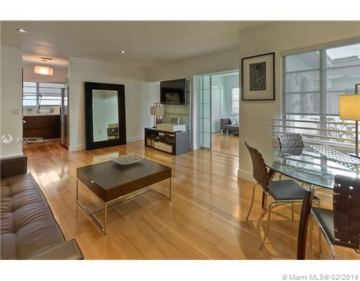 930  10th St #8 For Sale A10627769, FL