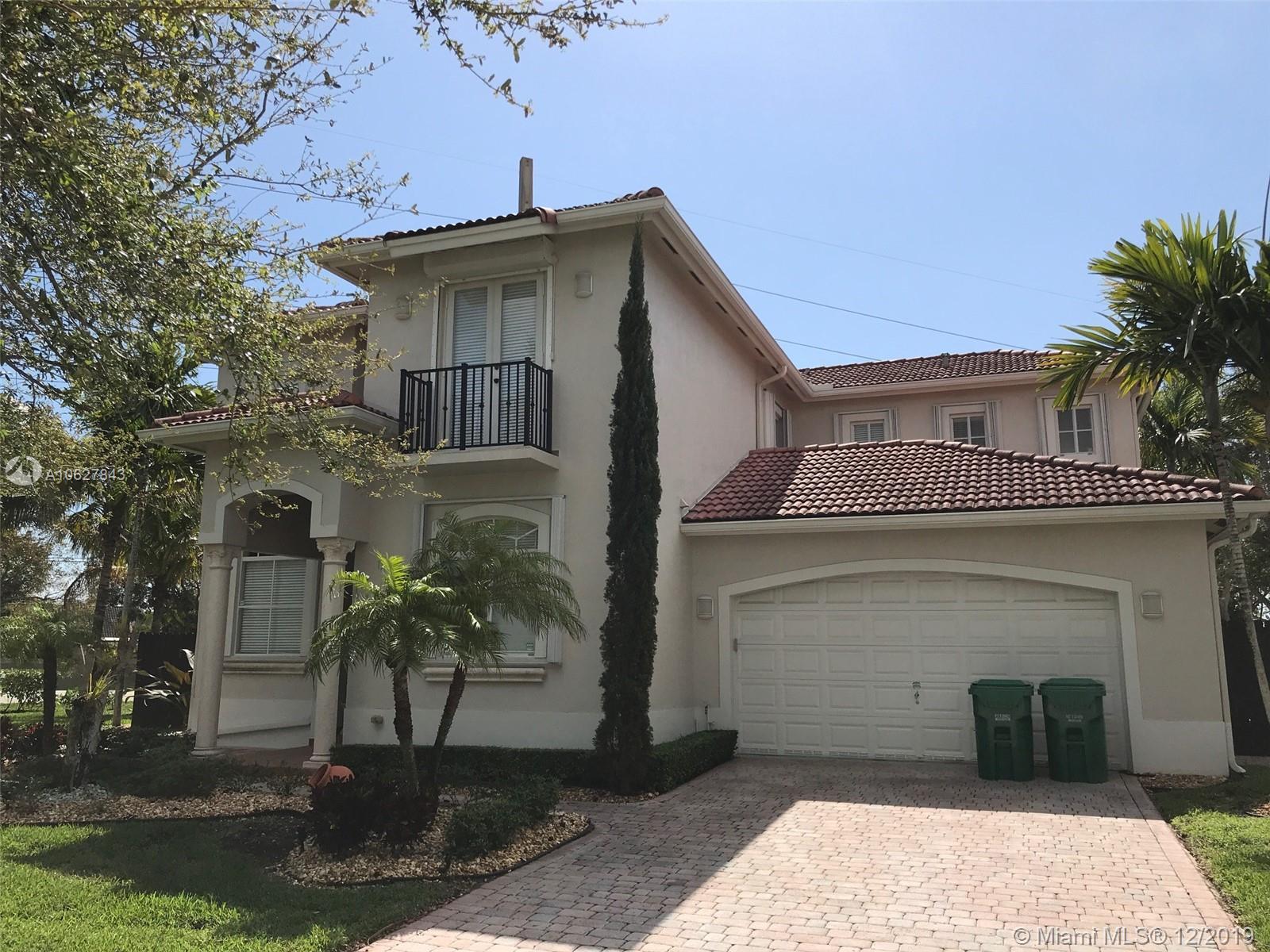 8400 SW 199th St, Miami, FL 33189