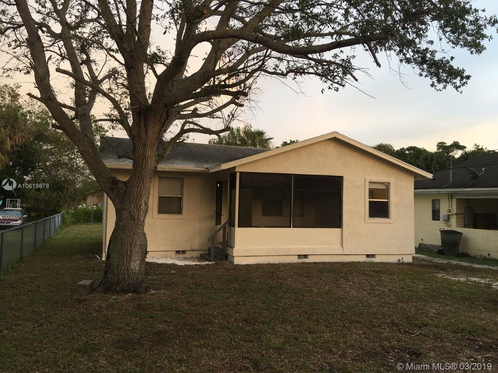 428 N 21st St, Fort Pierce, FL 34950