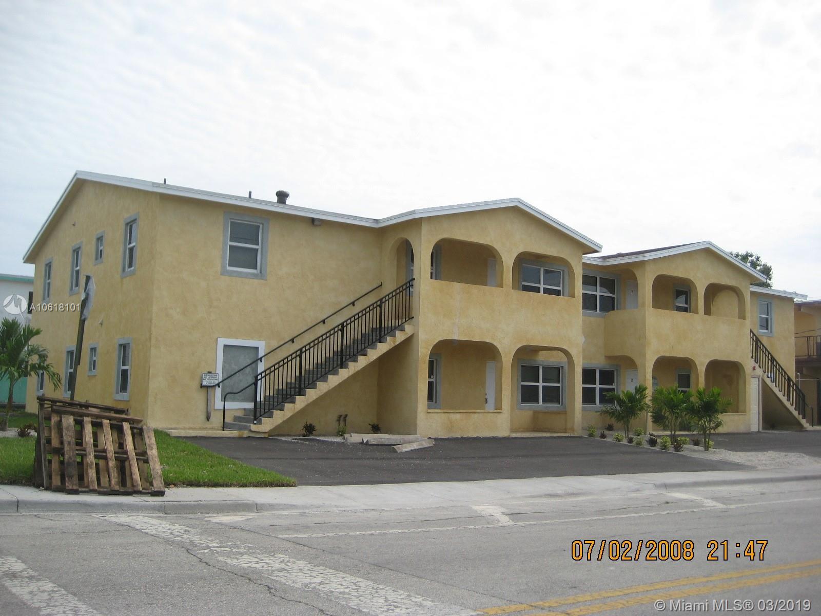 749 SW Avenue C, Belle Glade, FL 33430