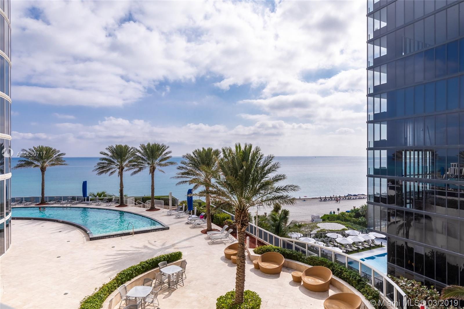 17201  Collins Ave #704 For Sale A10630717, FL