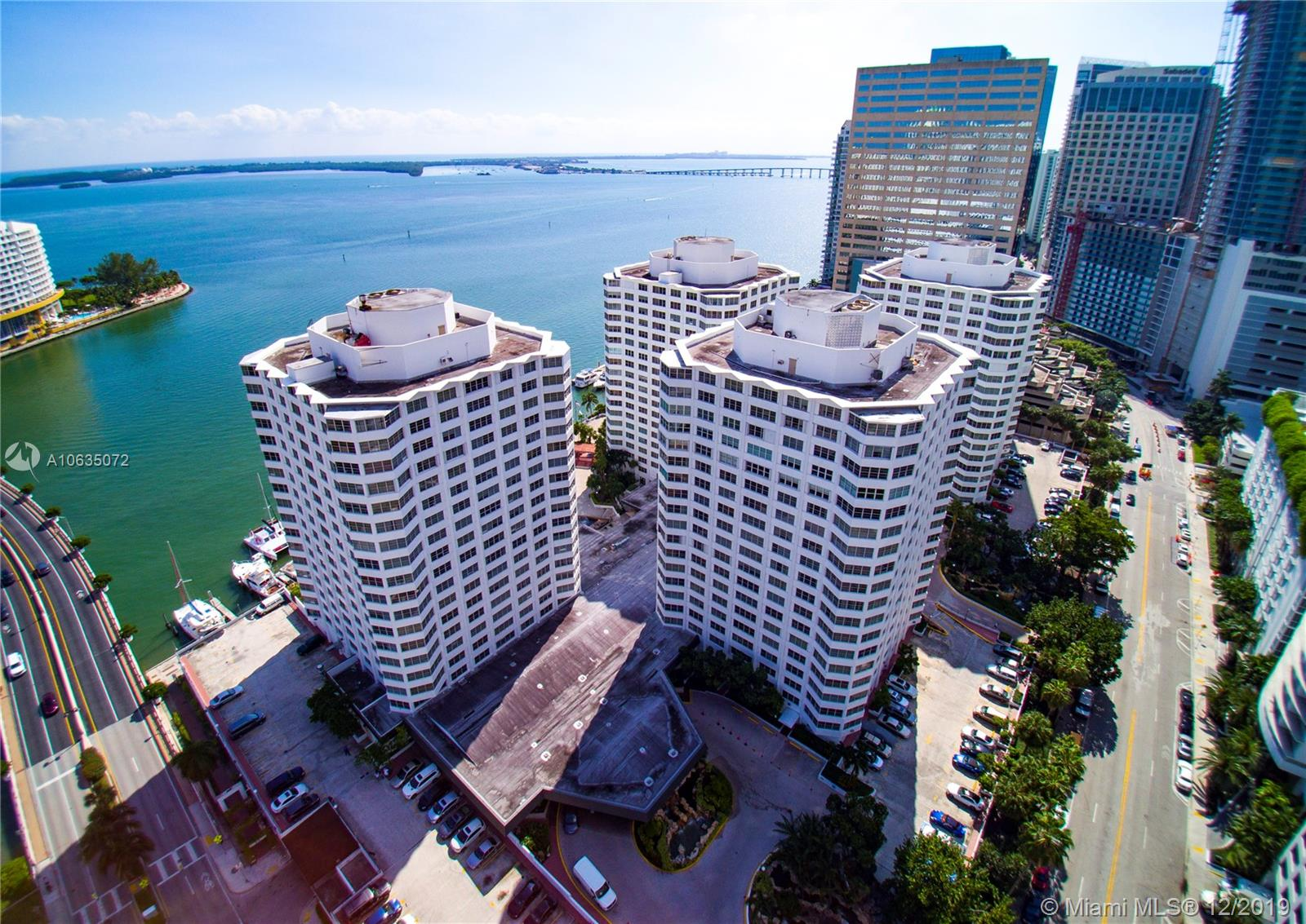 825  Brickell Bay Dr #1650 For Sale A10635072, FL