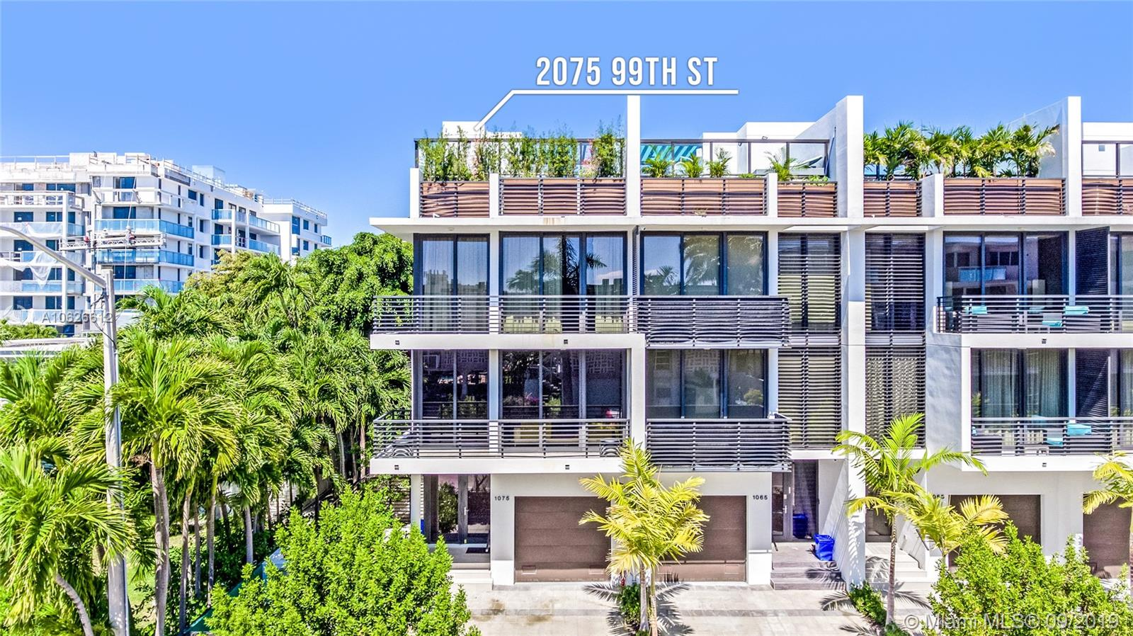 1075  99th St #1075 For Sale A10626612, FL