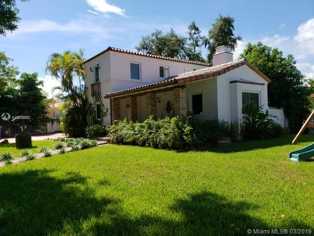 3700 SW 3rd Ave  For Sale A10636683, FL
