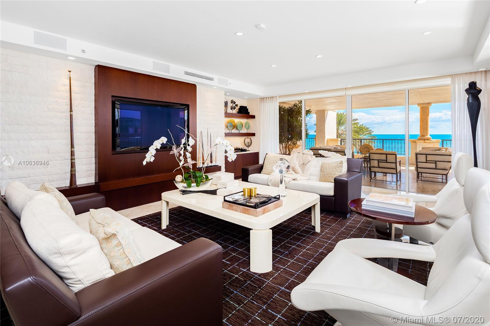 7600  Fisher Island Dr #7634 For Sale A10636946, FL