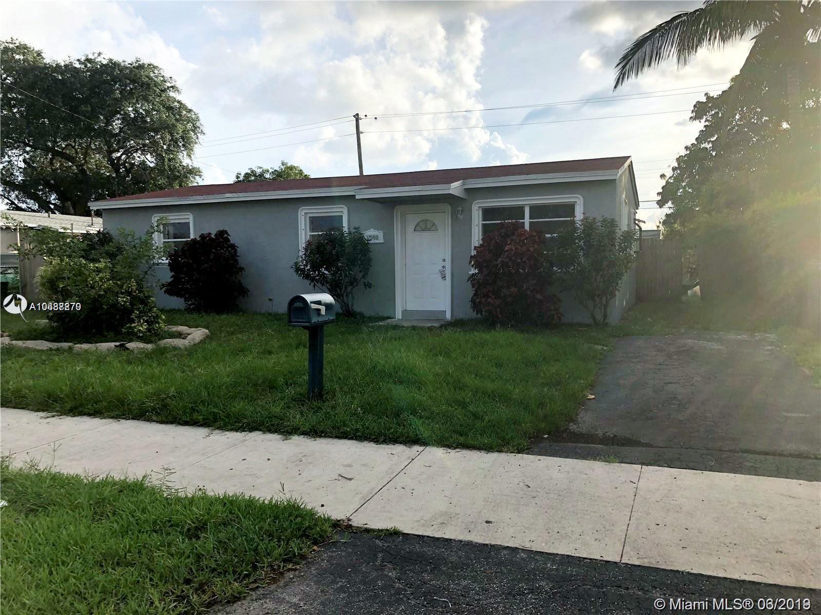 1540 N 69th Way  For Sale A10637270, FL