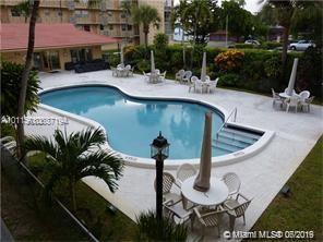 2145 Pierce #402, Hollywood, Florida image 2
