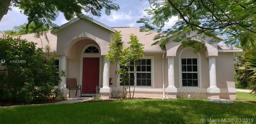 389 SE Dalva Ave, Port St. Lucie, FL 34984
