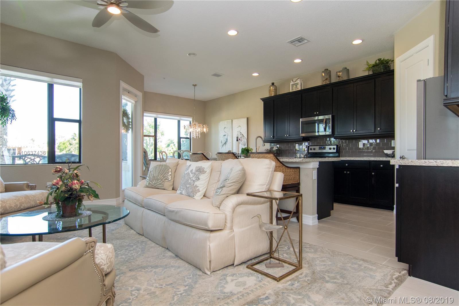 , Pembroke Pines, FL 33025