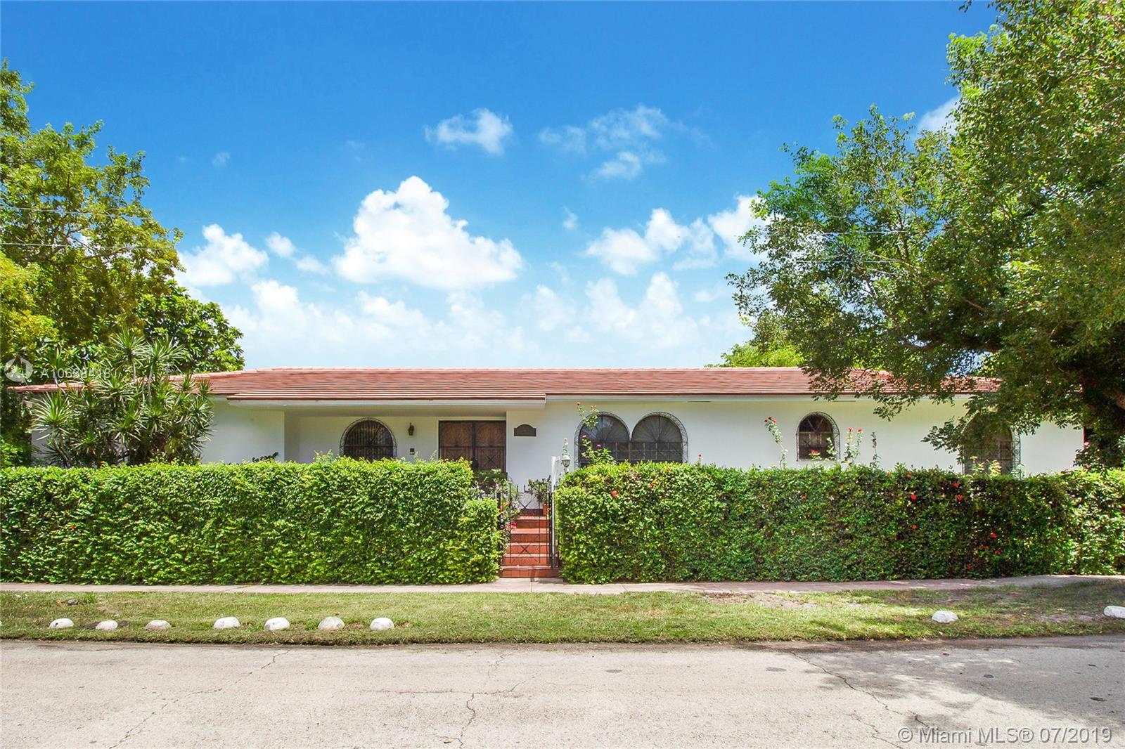 1400  MICHIGAN AVE  For Sale A10638418, FL