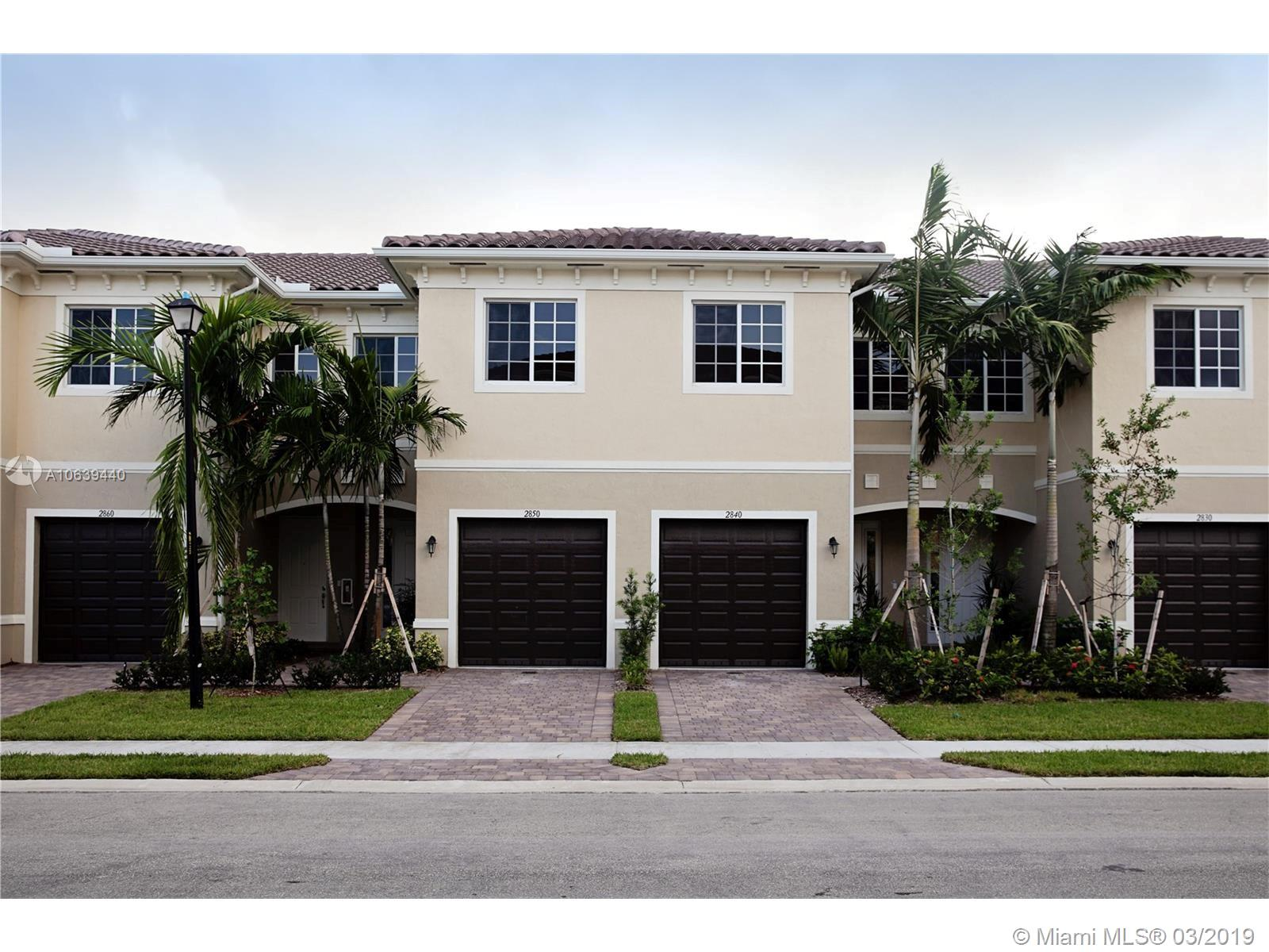 2735 S W 81st Ter #2731 For Sale A10639440, FL
