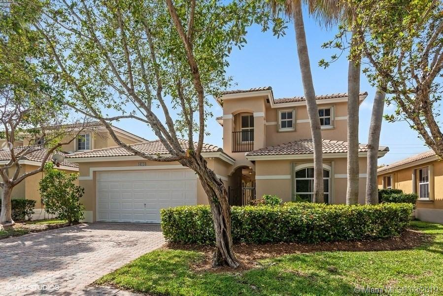 16110 SW 91st Ct  For Sale A10636949, FL