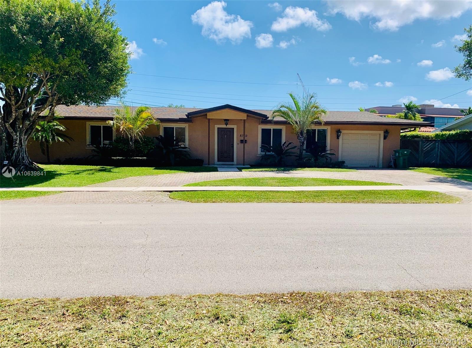 8760 SW 86 Street  For Sale A10639841, FL
