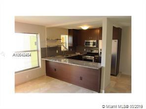 240  Collins Ave #5D For Sale A10640484, FL