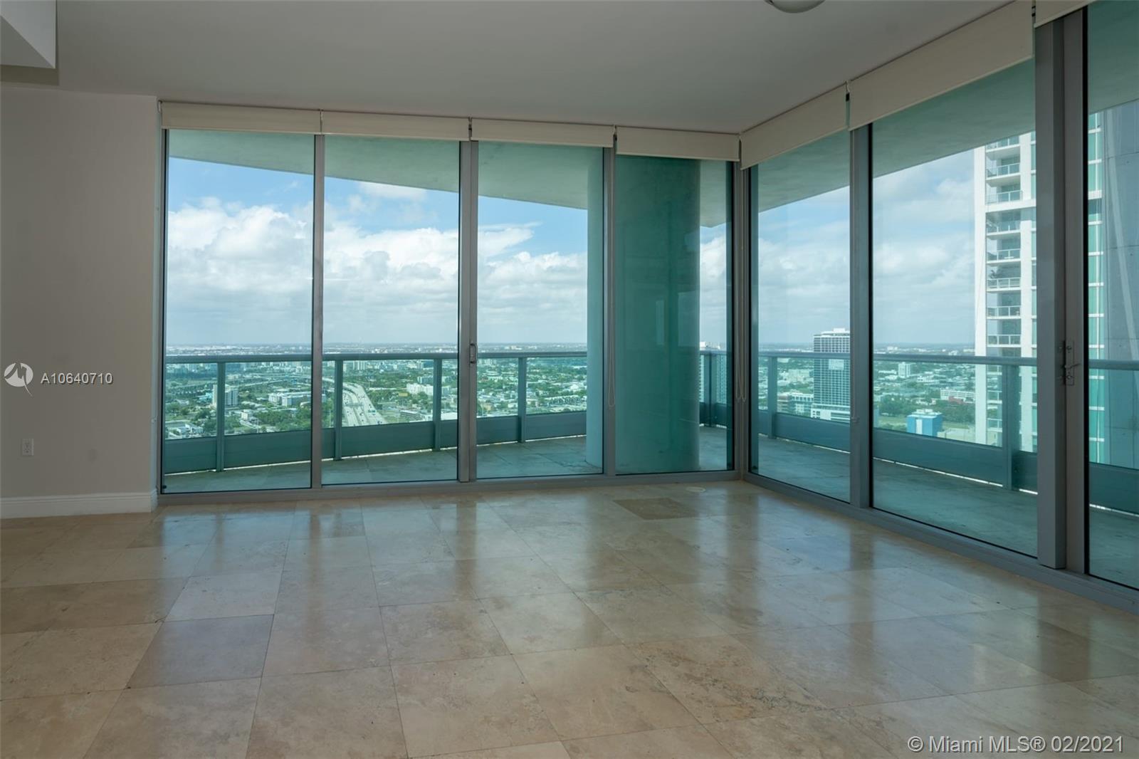 900 Biscayne Blvd #4012, Miami FL 33132