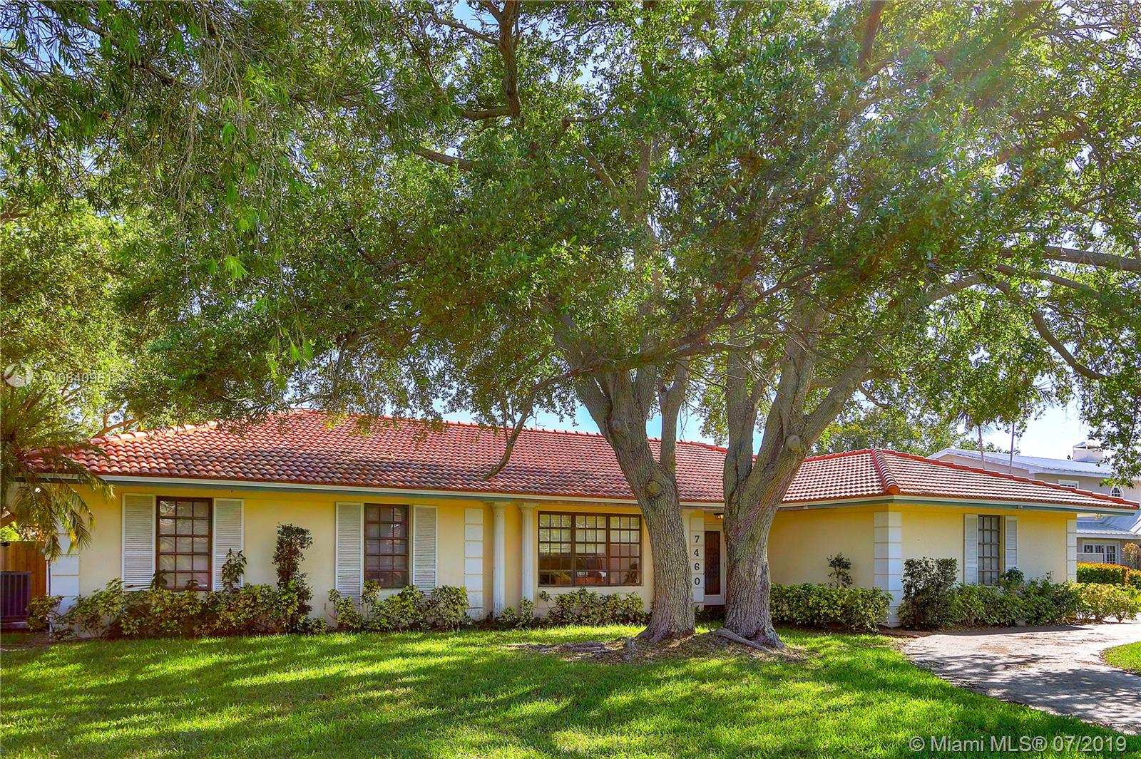 7460 SW 174th St  For Sale A10640961, FL