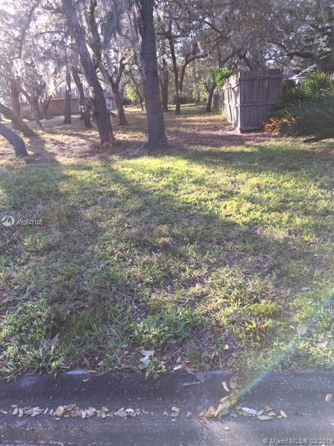 yorkshire Ln  For Sale A10641185, FL