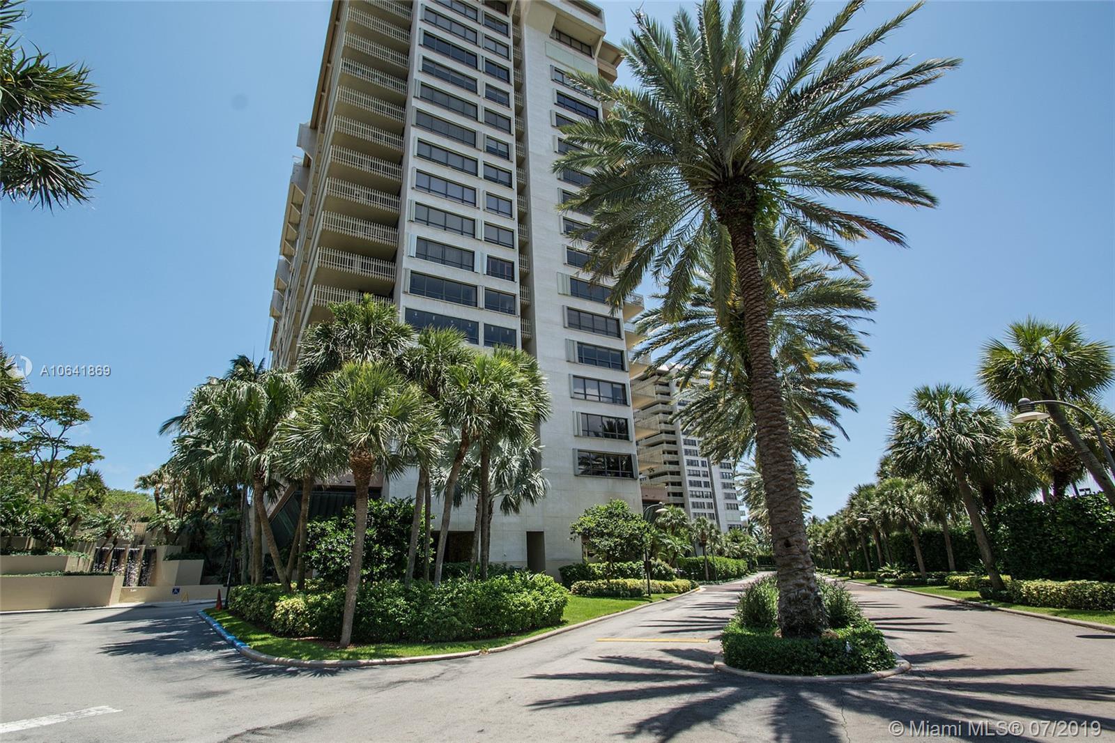 2  Grove Isle Dr #B207 For Sale A10641869, FL