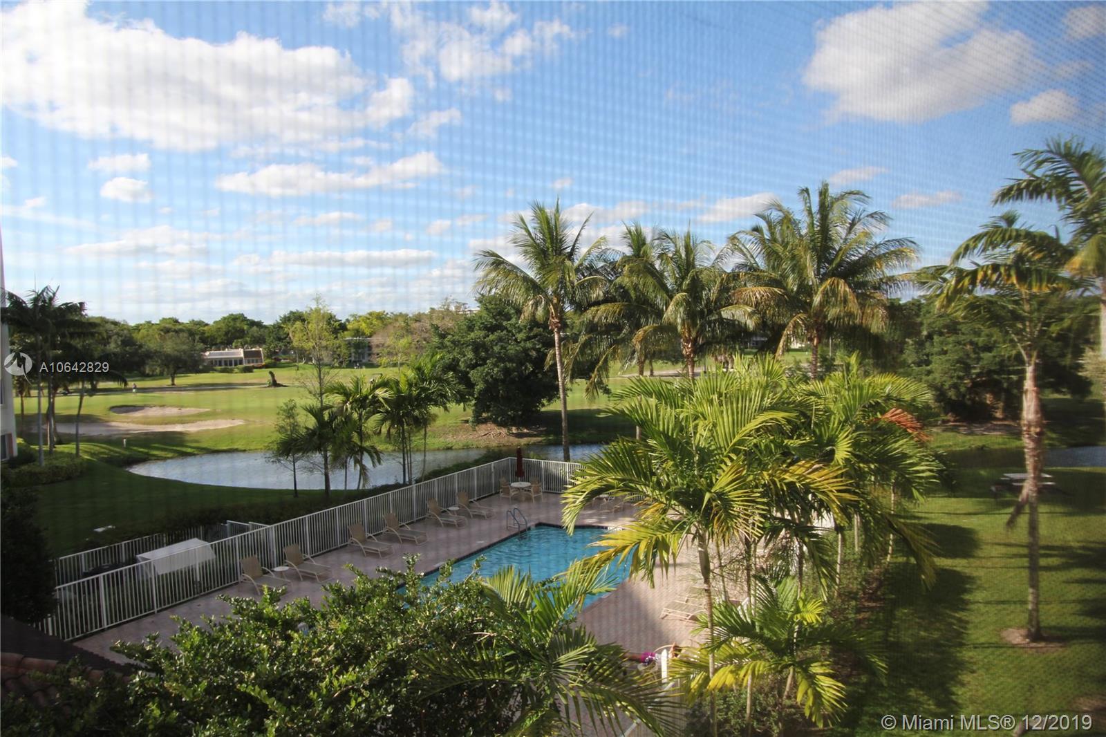 3500 Oaks Clubhouse Dr 301, Pompano Beach, FL 33069