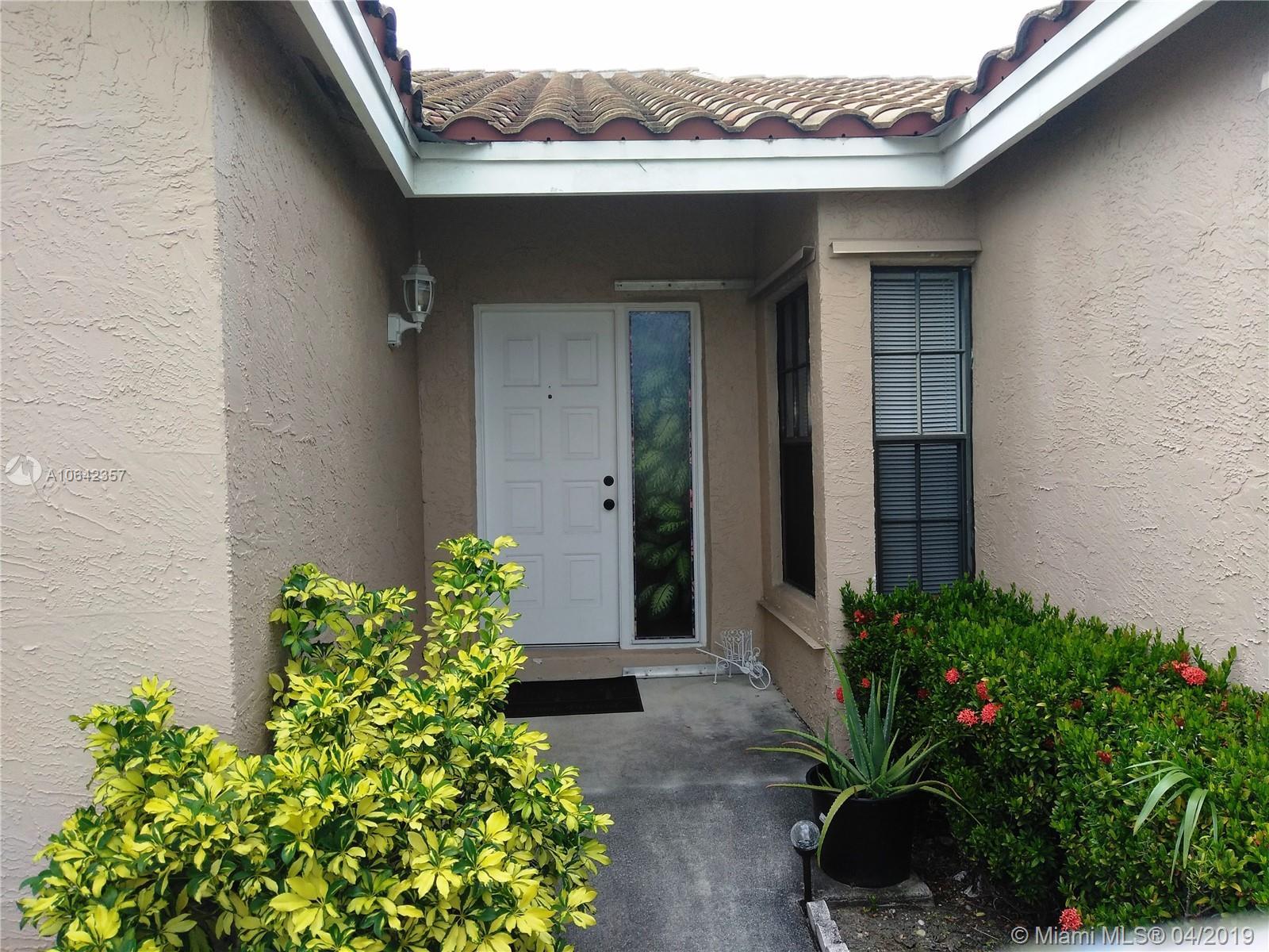 7051 108th Ave, Tamarac, Florida image 1