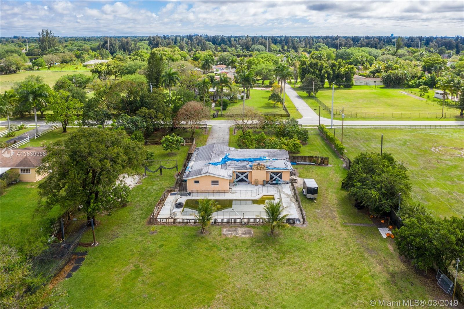 1831 SW 139th Ave  For Sale A10639996, FL