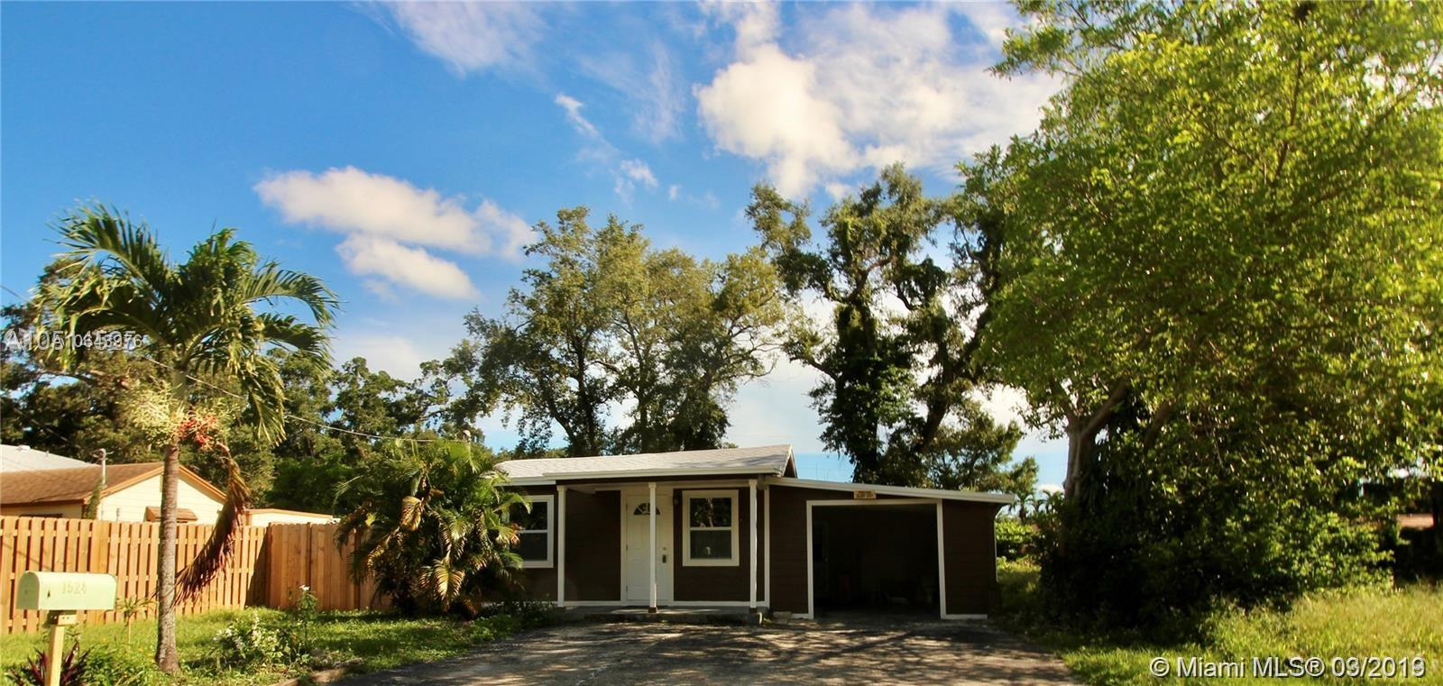 Fully remodeled, a few minutes away from Fort Lauderdale Airport and the beach.Do not miss out to own or invest in this beautiful home with a huge backyard. Included :Brand new appliances( dishwasher, washer/dryer,refrigerator,stove) Lot size 9,347 sqtf. Seller will contribute $1,000 towards buyer closing costs.