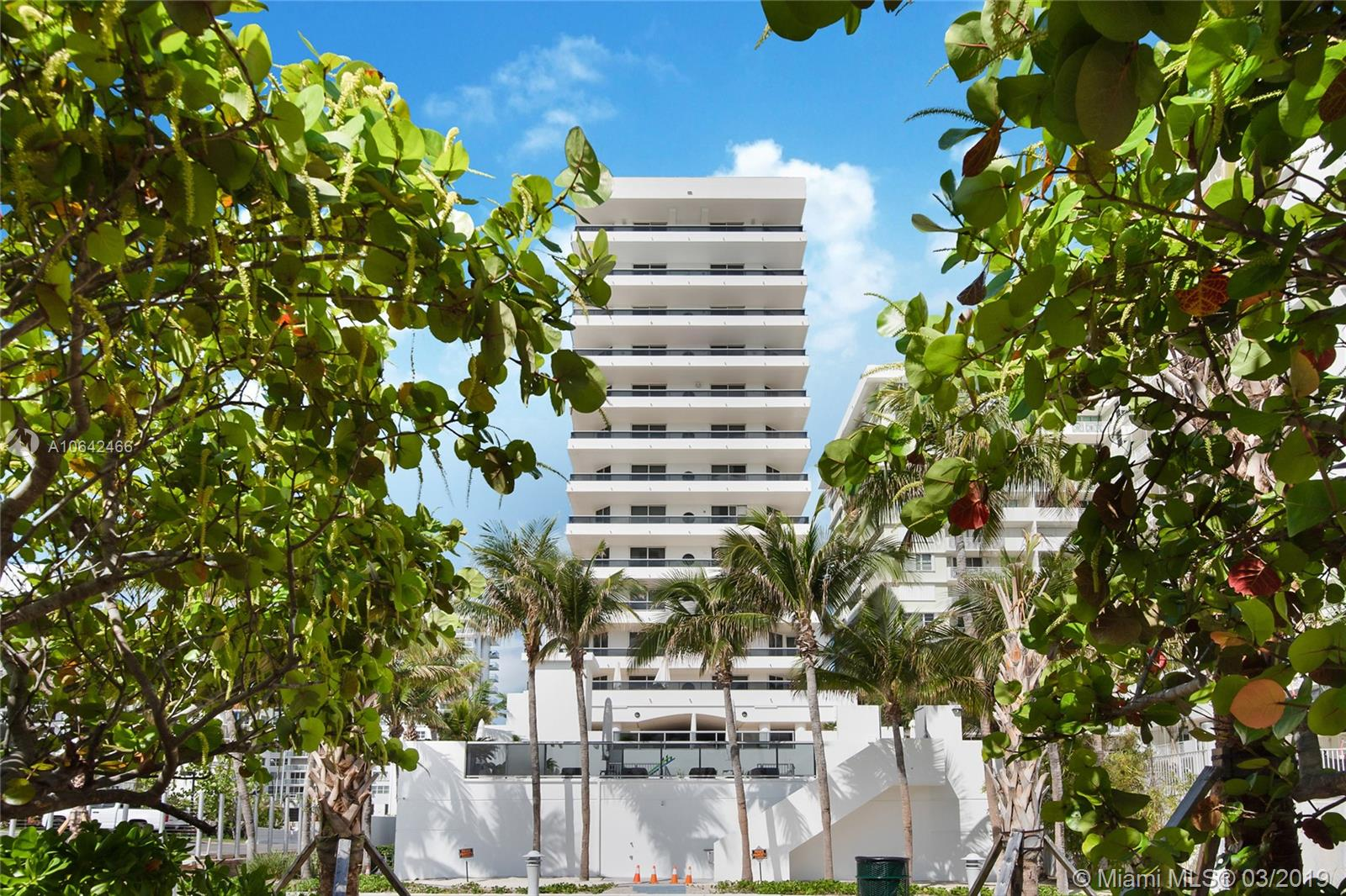 5801  Collins Ave #700 For Sale A10642466, FL