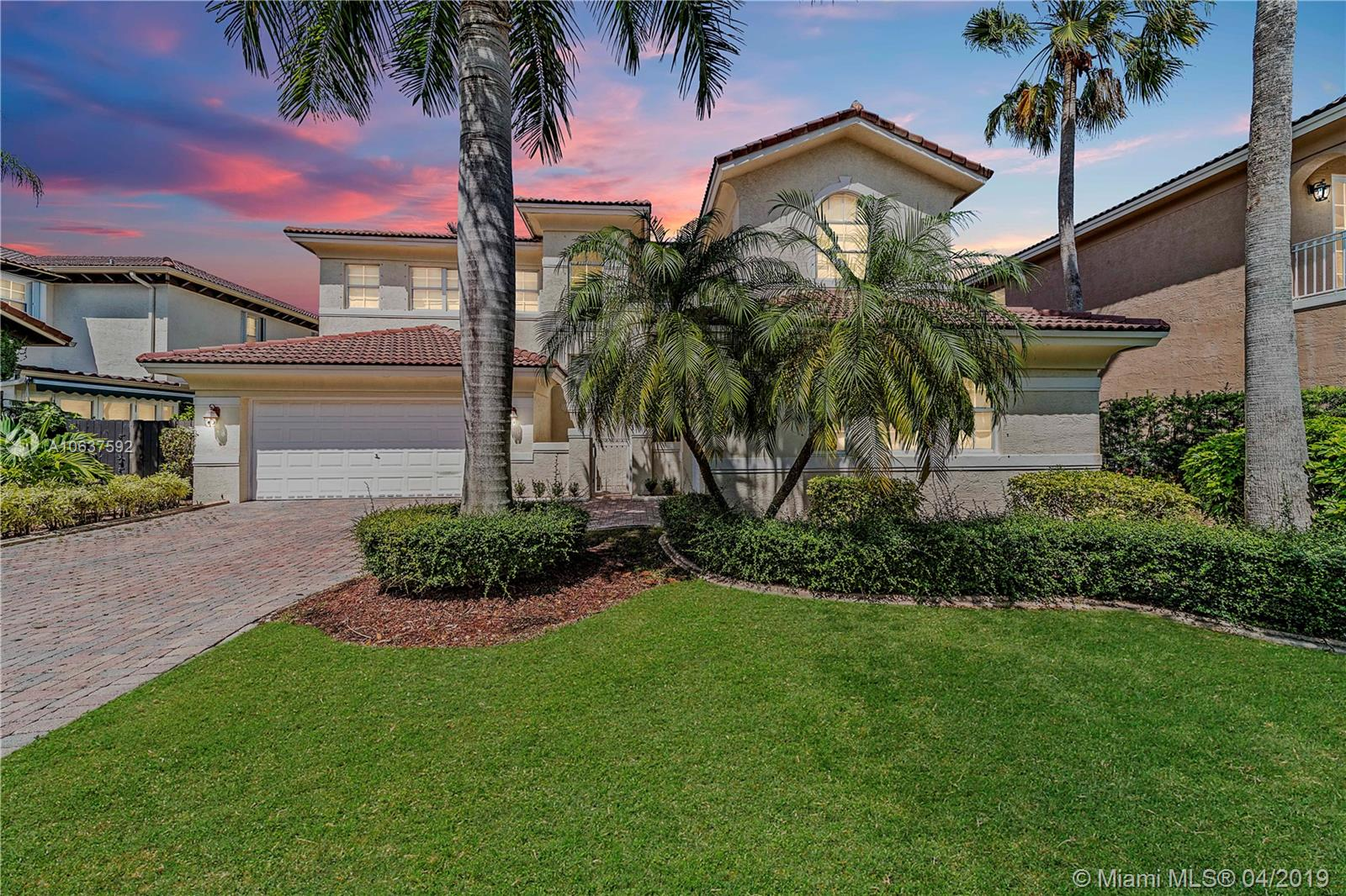 11213 NW 71st Ter  For Sale A10637592, FL