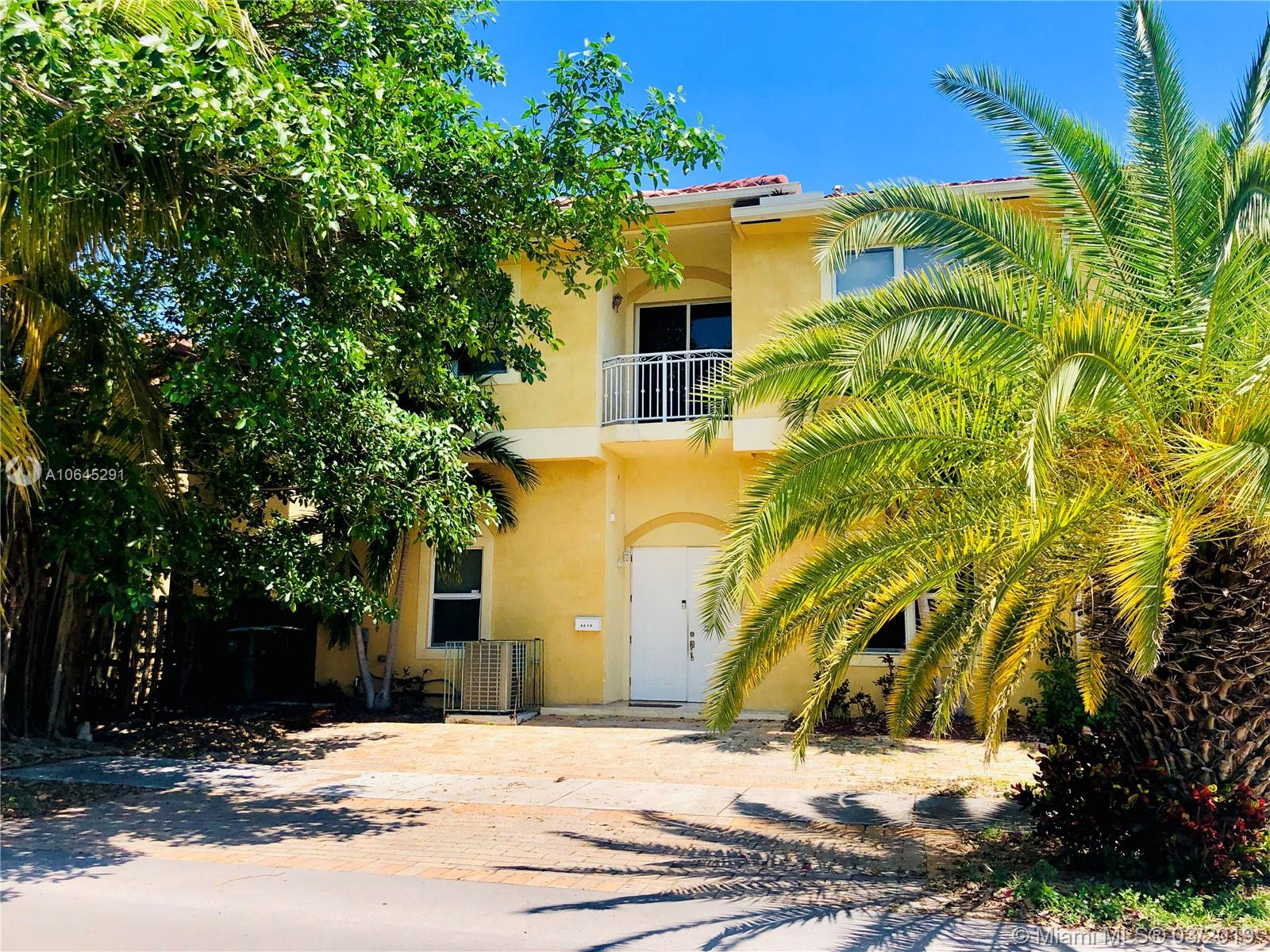 3273  Percival Ave #2 For Sale A10645291, FL