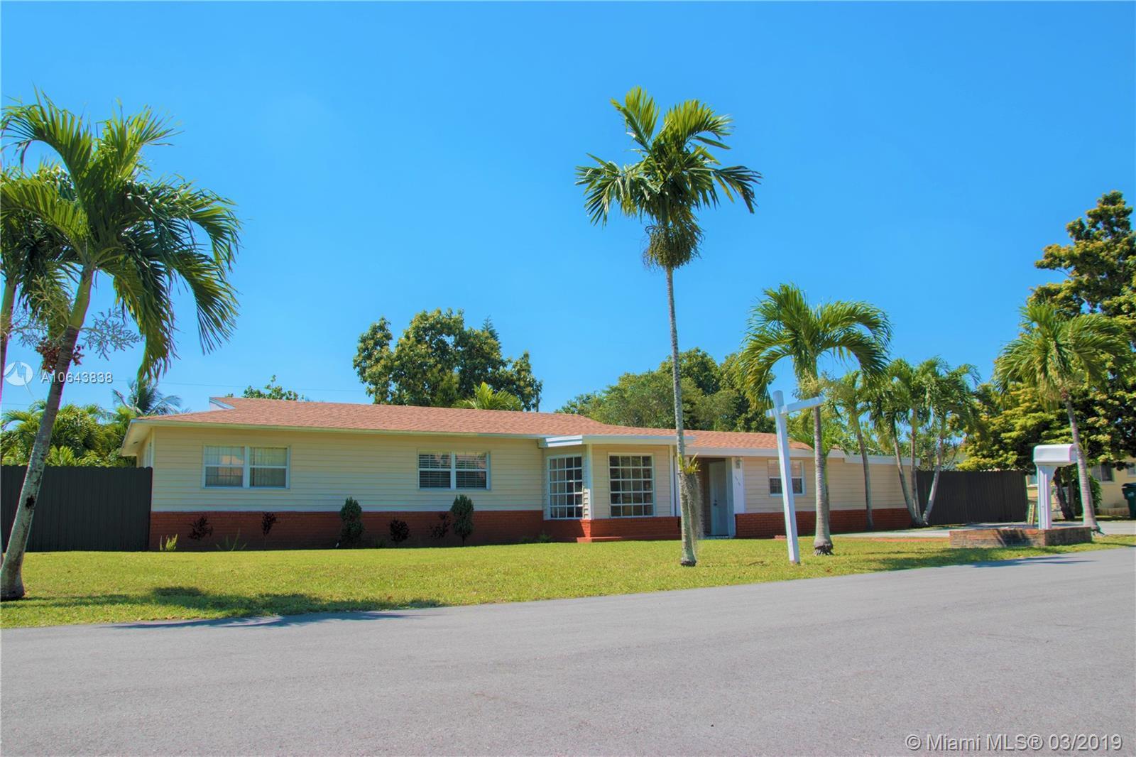 10960 SW 115th St, Miami, FL 33176