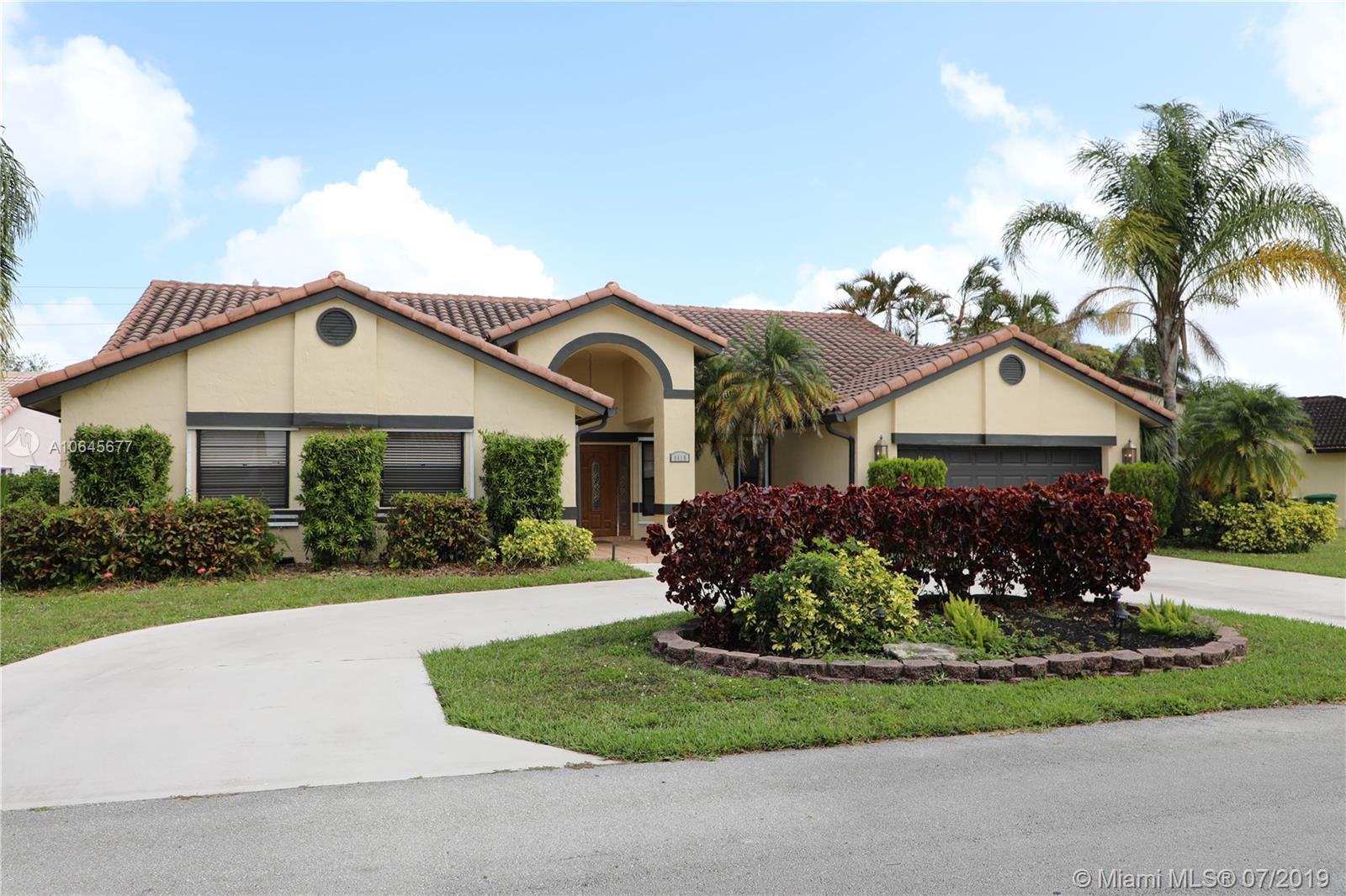8419 80th Ct, Tamarac, Florida image 39