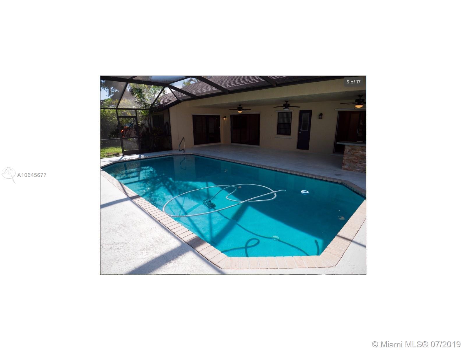 8419 80th Ct, Tamarac, Florida image 25