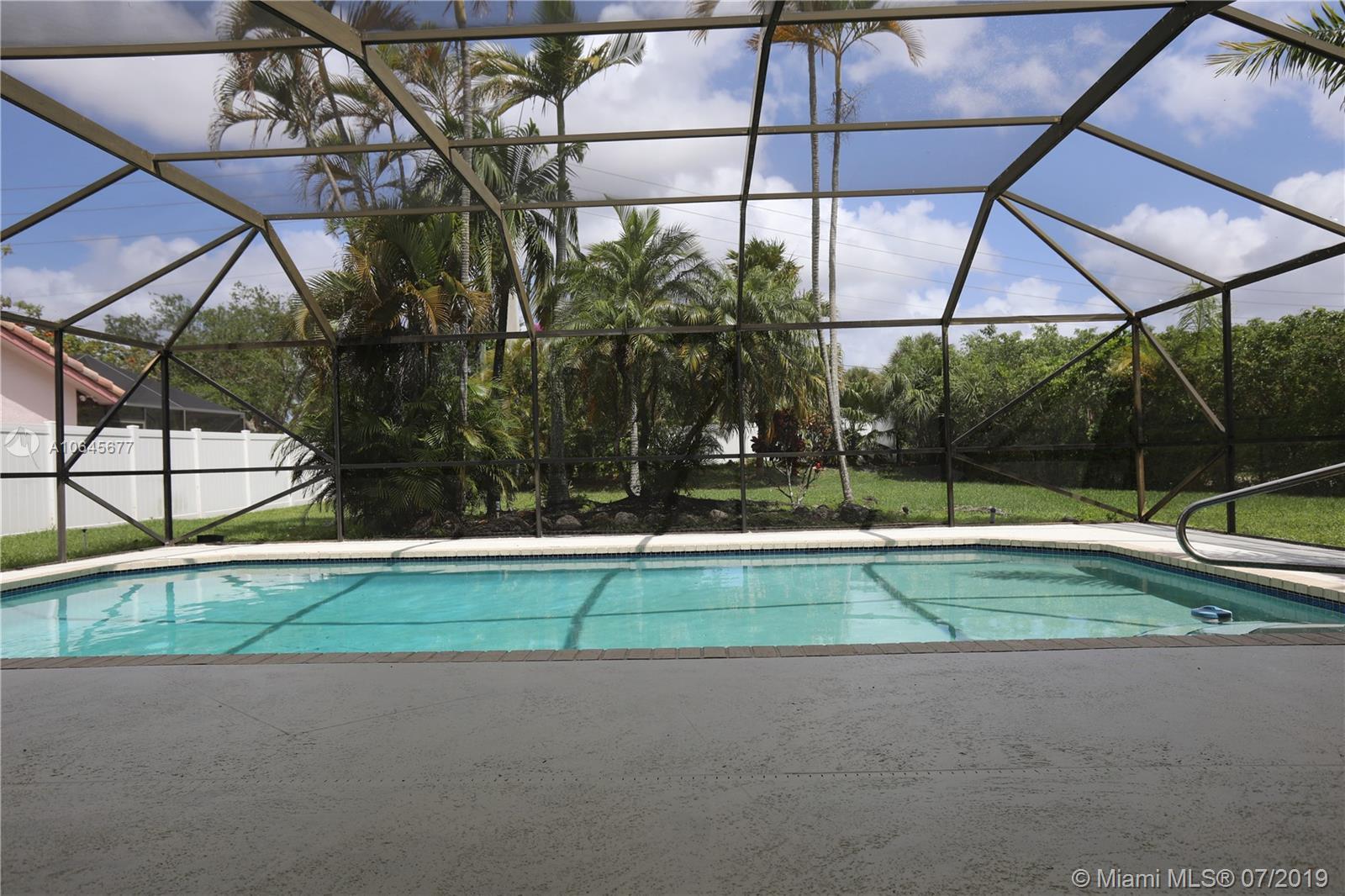 8419 80th Ct, Tamarac, Florida image 21