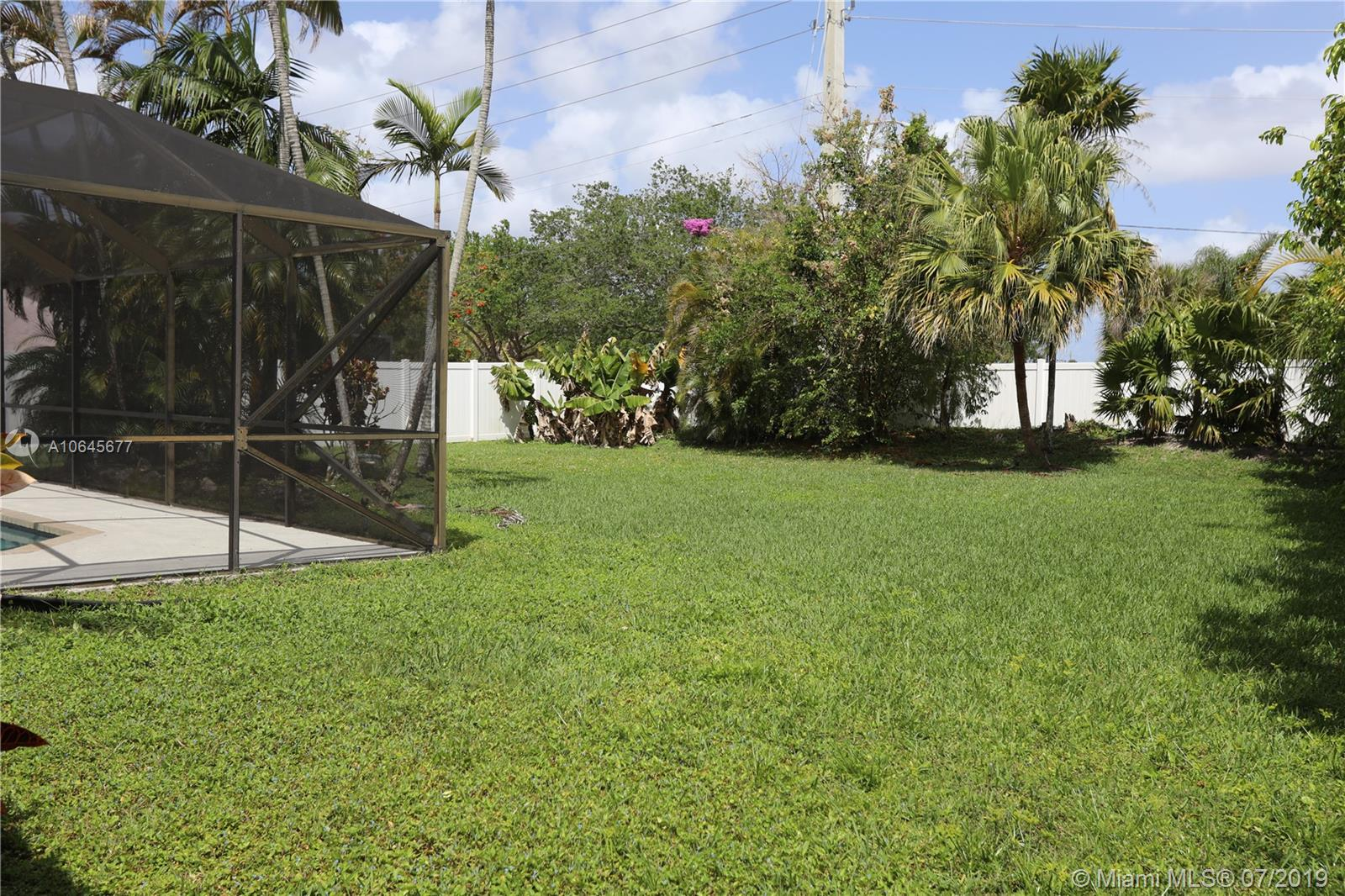 8419 80th Ct, Tamarac, Florida image 27