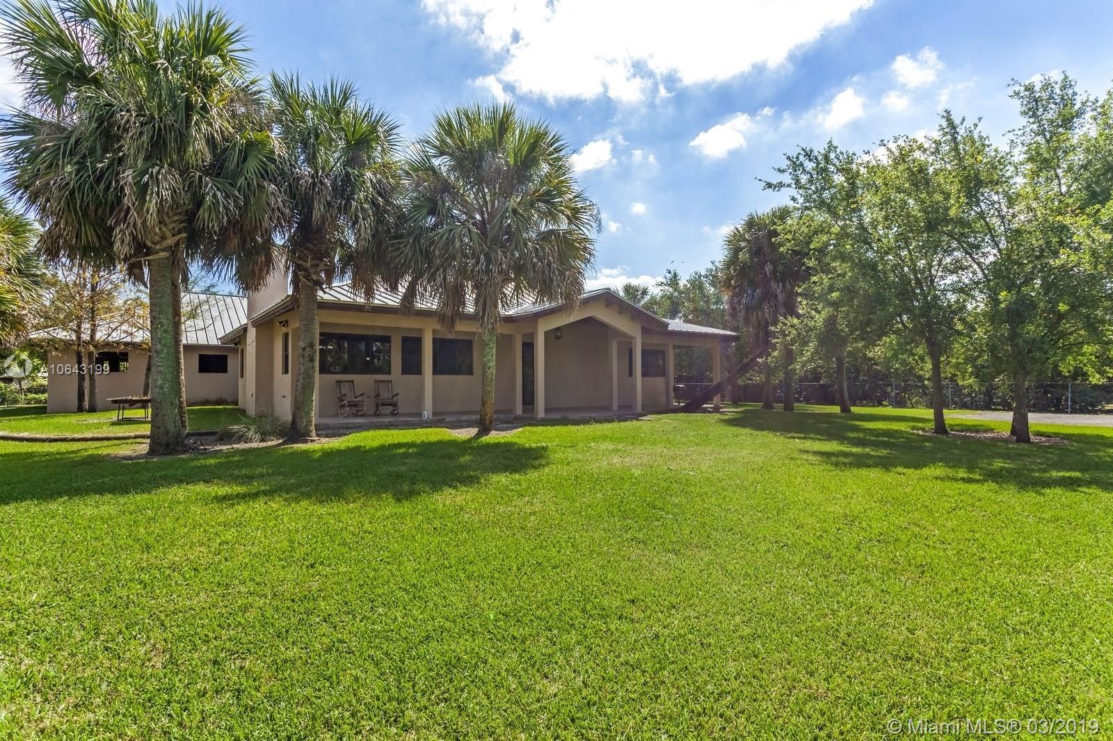 12220 SW 43rd St, Miami, FL 33175