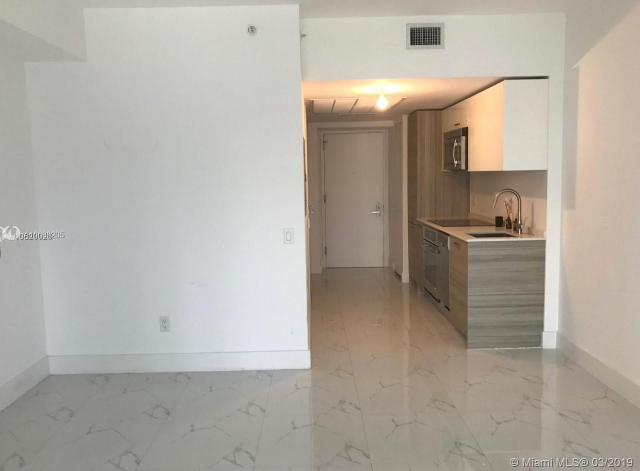 1300  Brickell Bay Dr   1812