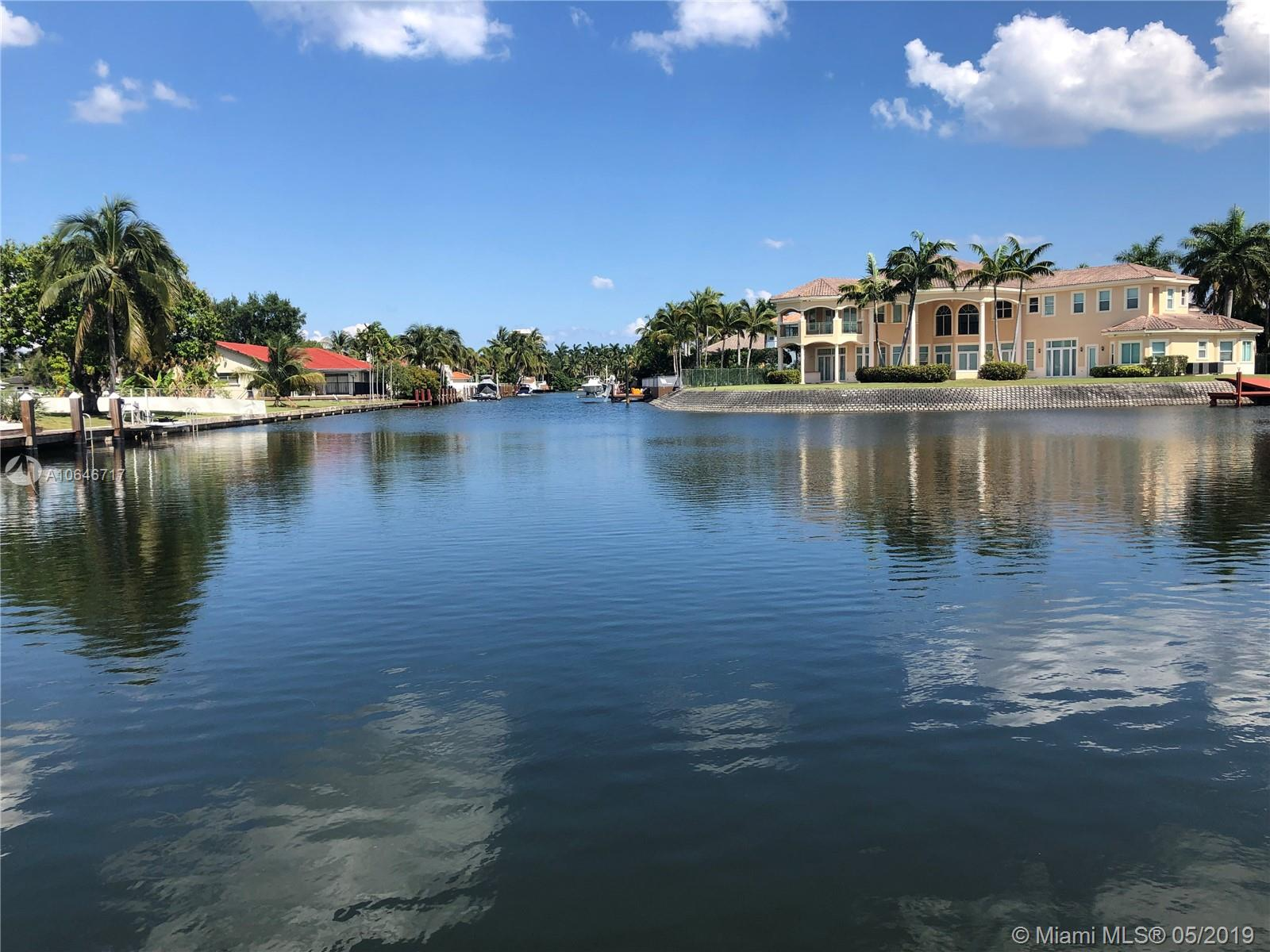 921  Diplomat Pkwy  For Sale A10646717, FL