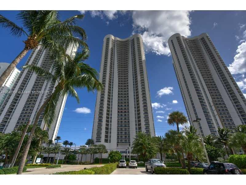 15901  Collins Ave #4302 For Sale A10646707, FL