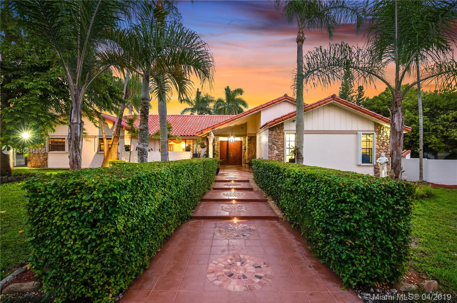 4051 SW 126th Ave  For Sale A10646806, FL
