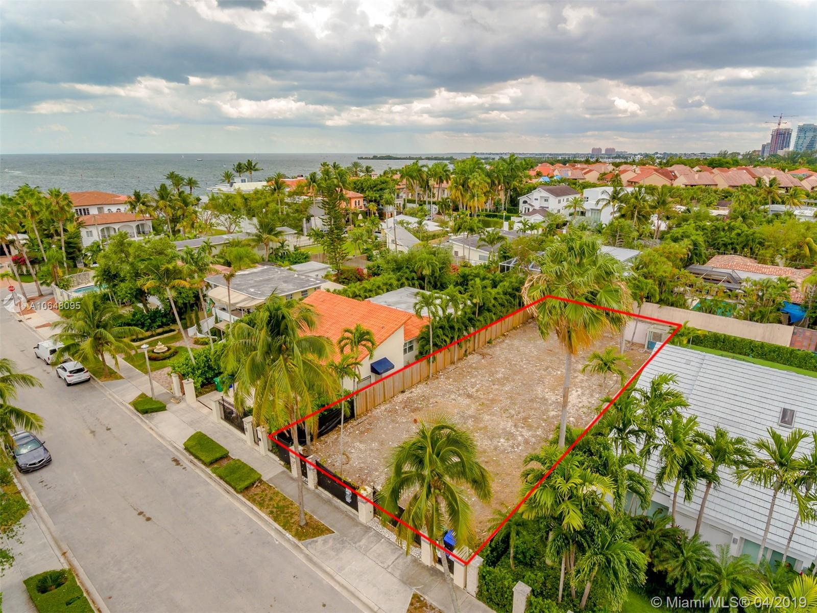 3546  Crystal Ct  For Sale A10648095, FL
