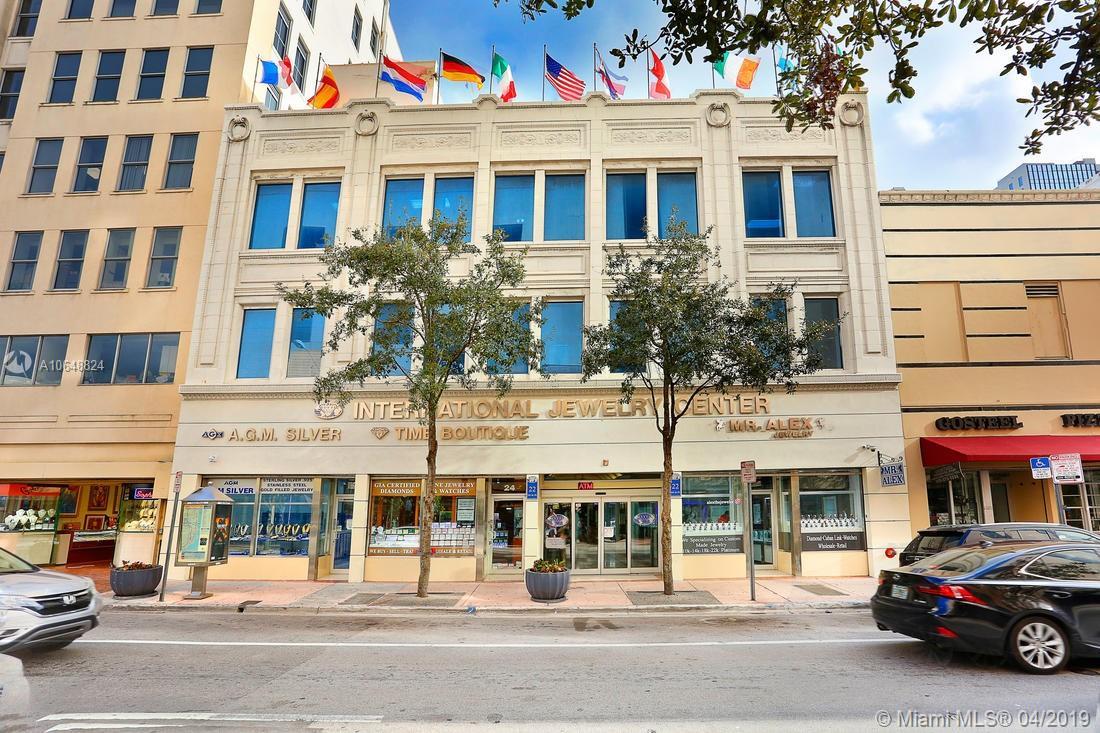 22 NE 1st St, Miami, FL 33132