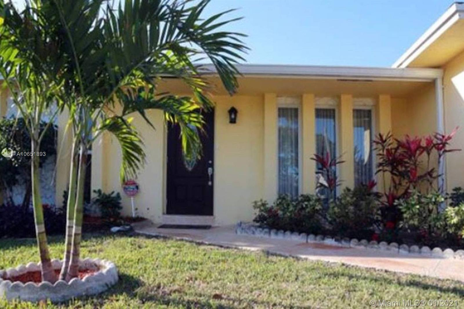 314 SE 4th St, Dania Beach, FL 33004