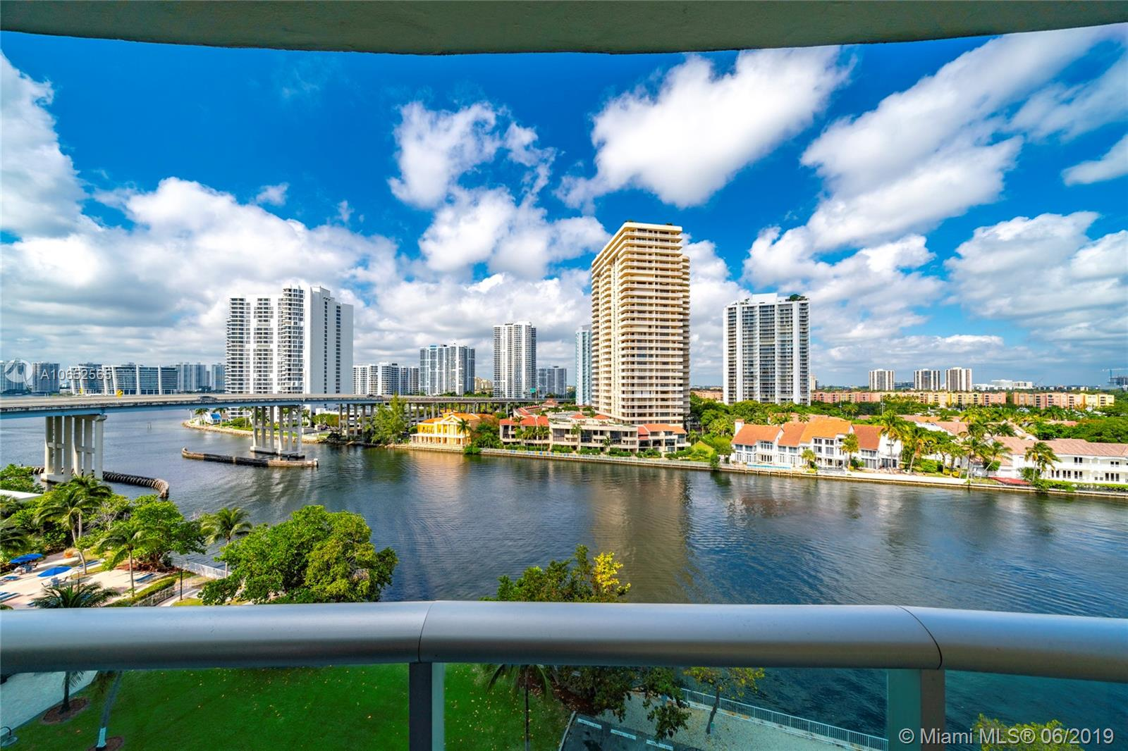 19390  Collins Ave #921 For Sale A10652565, FL