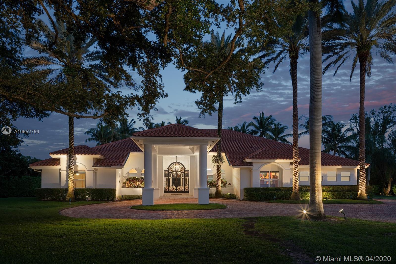 8900 SW 101st St, Miami, FL 33176