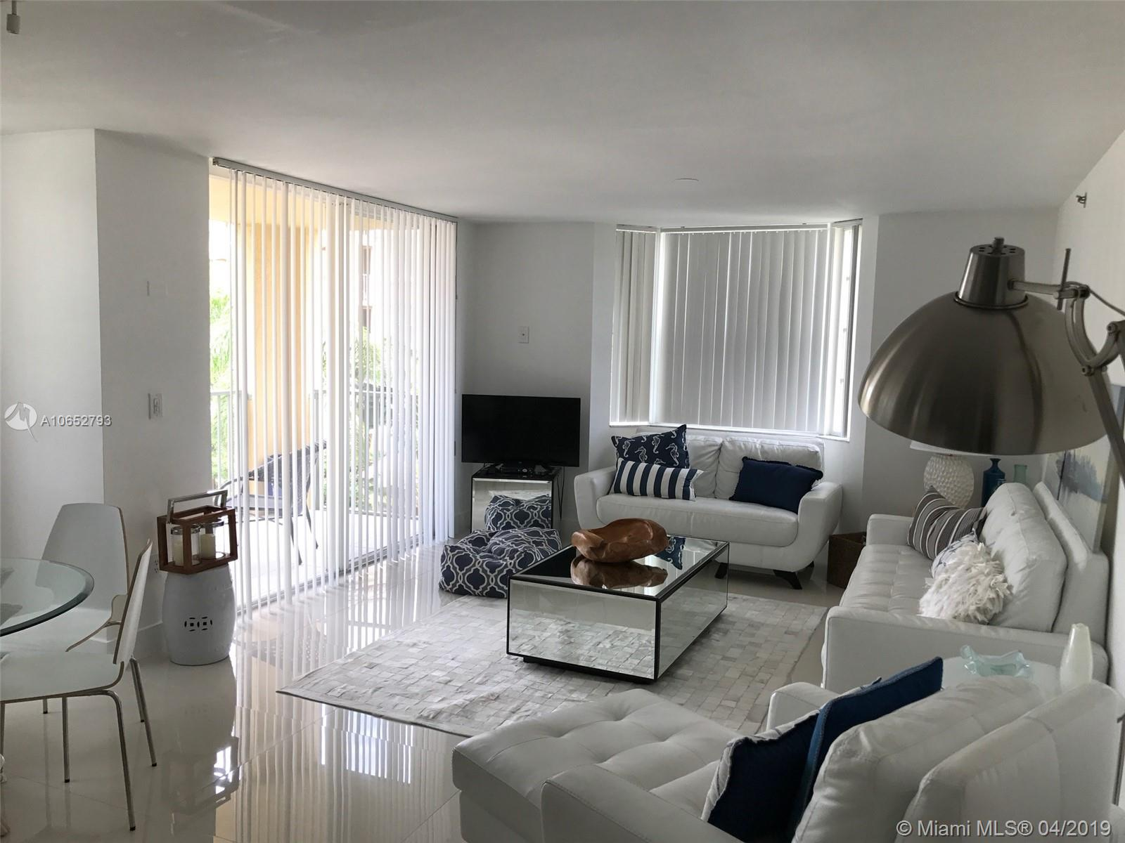 19901 E Country Club Dr #2-401 For Sale A10652793, FL