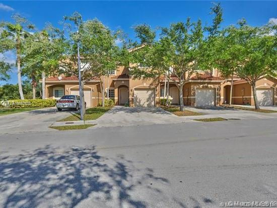 21429 SW 85th Ave  For Sale A10652838, FL
